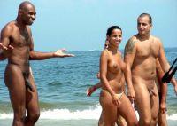 kohtaaminen rannalla