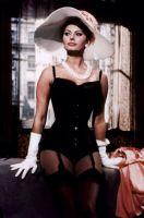 Sophia Loren korsetissa