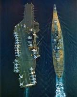 USS Midway ja USS Iowa