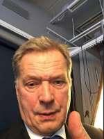 Saulin eka selfie