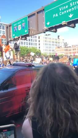 Poliisiautoa turpaan, woooo