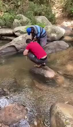 yritti ampua kalan