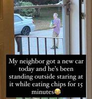 Kateellinen naapuri